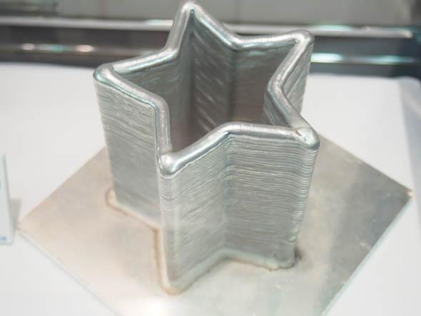CMTロボット溶接による溶接積層