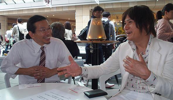 インタビューの間笑顔の絶えなかった川田氏(左)と長屋氏(右)