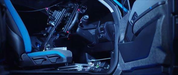 運転席の状態