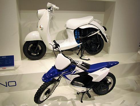 「東京モーターショー2013」で展示されたコンセプトカー「EVINO」