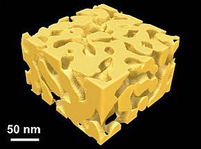 ナノ多孔質グラフェンの前駆体となるナノ多孔質金属の3次元立体図(クリックで拡大) 出典:JST、AIMR