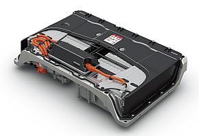 リチウムイオン電池パックは車室床下に設置している