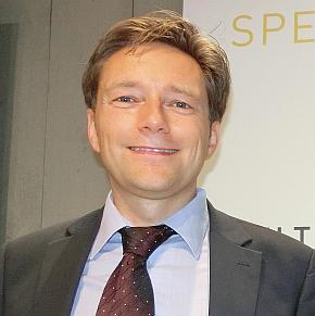 「New Mobility World」のプログラムデベロップメントパートナーを務めるAndreas Nelskamp氏