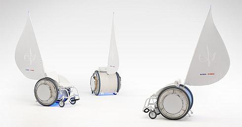 ヤマハとヤマハ発動機のデザイン部門が共同でデザインした音を奏でる電動アシスト車いす「&Y01」