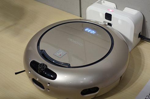 myThingsの発表時にシャープが参考展示していた、起床した瞬間、朝やることを話して教えてくれるロボット掃除機