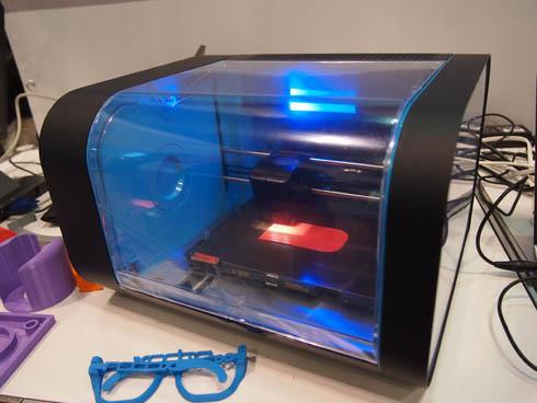 英CEL Technologyのパーソナル3Dプリンタ「CEL Robox」