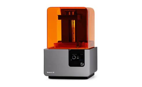 米Formlabsが開発した光造形方式の卓上型3Dプリンタの新製品「Form 2」