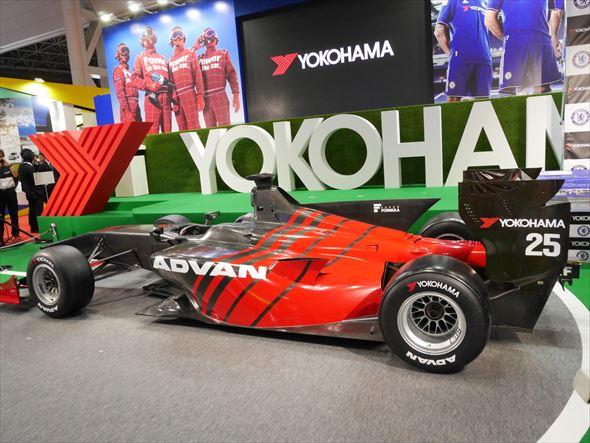 「ADVAN A005」が装着されたモデル車両