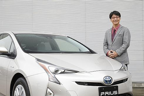 新型「プリウス」とトヨタ自動車の豊島浩二氏