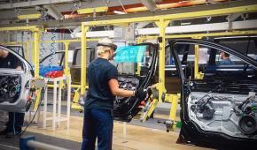 自動車製造ラインでの活用のイメージ