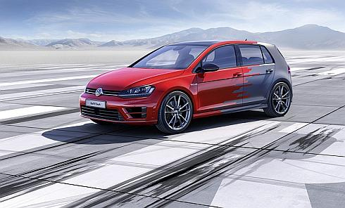 「2015 International CES」で公開した「Golf R Touch concept」