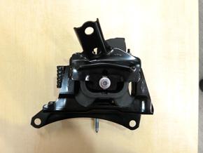 新型「プリウス」に採用されたエンジンマウント用防振ゴム