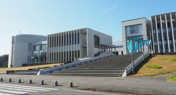 授業が行われた慶應義塾大学 湘南藤沢キャンパス(SFC)