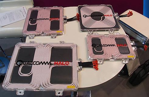 一般的な丸型コイルと「Halo」のDD方式受電コイルの比較