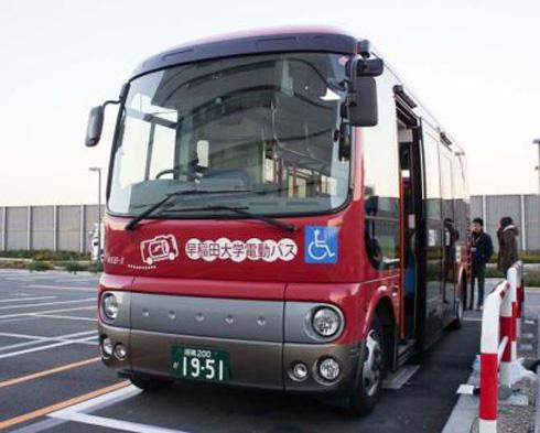 羽田空港周辺や川崎市内で公道実証実験を開始した小型電動バス「WEB-3 Advanced」