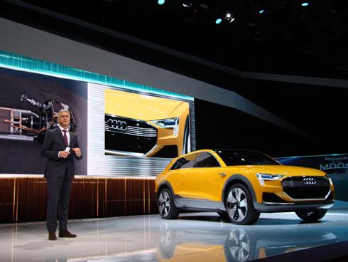 アウディの燃料電池車のコンセプトカー「h-tron」
