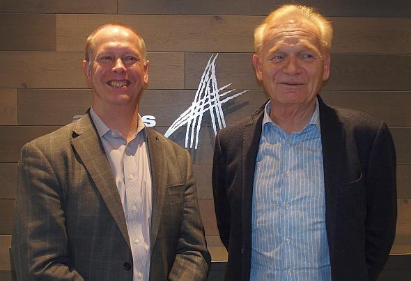 アラスのピーター・シュローラ氏(左)とカイザースラウテルン工科大学のマーティン・アイグナー氏(右)