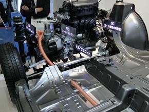 量産中のオートギヤシフトやモーター機能付き発電機を組み合わせる
