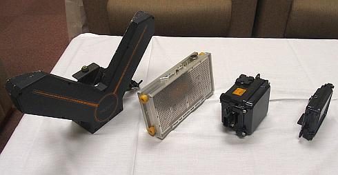 富士通テンが開発してきたミリ波レーダーモジュール