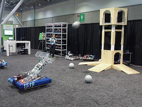 アジャイル開発を適用した「FIRST」のロボット