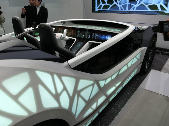 自動運転中の車内での過ごし方を提案するRobert Boschのコンセプトカー