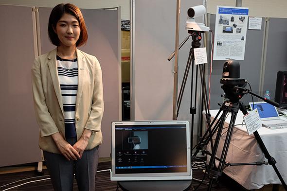 リモートカメラ「AW-UE70」と自動追尾ソフト「AW-SF100G」を用いた人物追尾