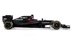 2016年シーズンのマクラーレン・ホンダのF1レースカー「MP4-31」の外観