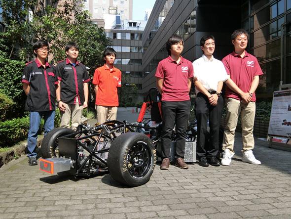 会見に出席した早稲田大学、上智大学、横浜国立大学のチーム