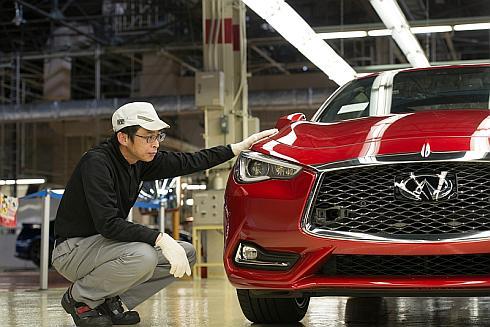 栃木工場で本格生産を始めた新型「Q60」