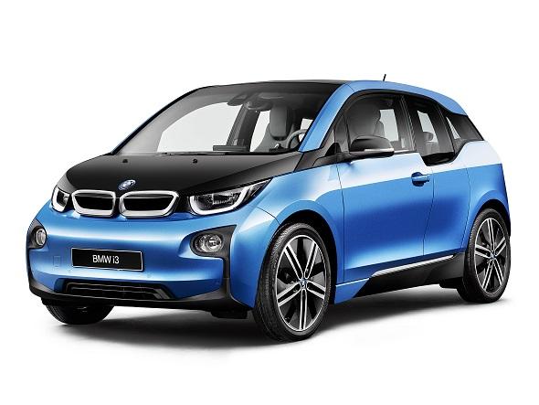 フルモデルチェンジしたBMWの電気自動車「i3」
