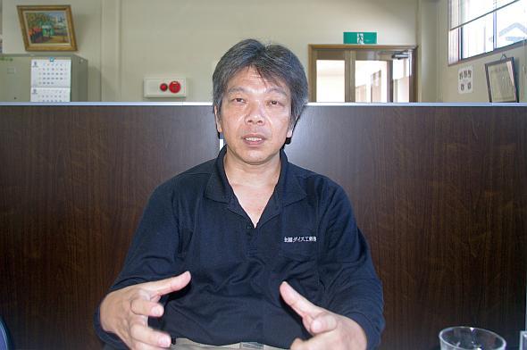 「モノ作りを支えるねじを生み出すために金型があります」と語る、金剛ダイス工業社長の廣尾敬雄氏