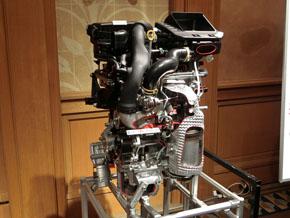 新規に開発した排気量1.0lのターボエンジン