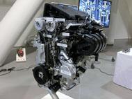 排気量2.5lの直列4気筒直噴ガソリンエンジン