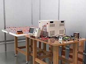 耐誘導ノイズ試験/バースト試験の設備