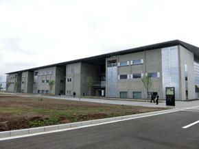 移転した附属千葉研究所の建屋