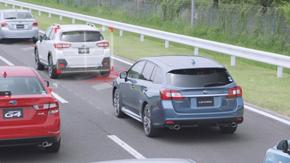渋滞で先行車両との車間距離が詰まっている場合は、車線ではなく先行車両に追従して操舵する