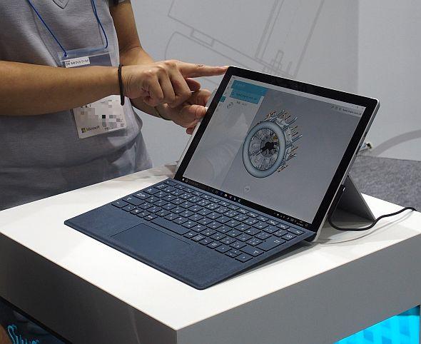 「Surfaceファミリー」を代表する「Surface Pro」は新製品が投入された