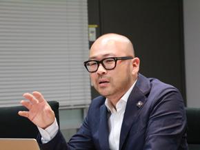 日本マイクロソフト出身で、新会社の社長を務める蔵本雄一氏