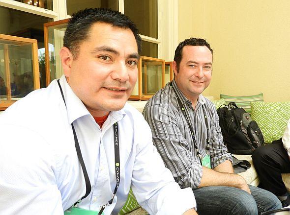 ビリー・リオス氏(左)とジョナサン・バッツ氏(右)