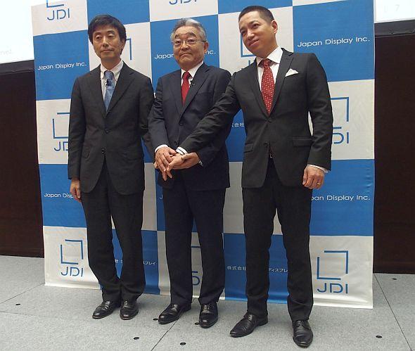 左から、JDIの永岡一孝氏、東入來信博氏、伊藤嘉明氏
