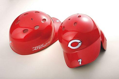 「ソウルレッドプレミアムメタリック」の野球用ヘルメット