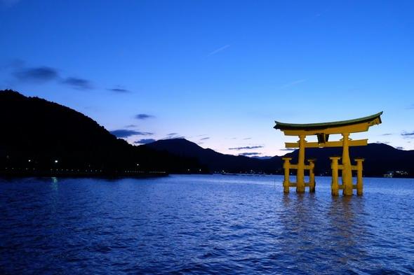 世界遺産にも選ばれている安芸の宮島こと厳島神社