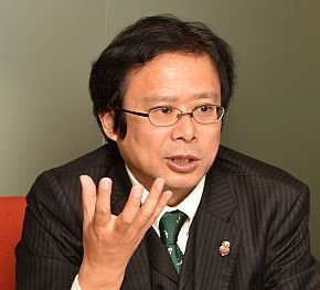 神戸国際大学 経済学部 教授の中村智彦氏