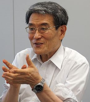 WRS実行委員会 委員長の佐藤知正氏