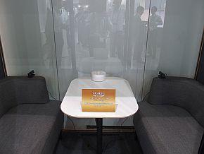 会議室を模したブースを設置