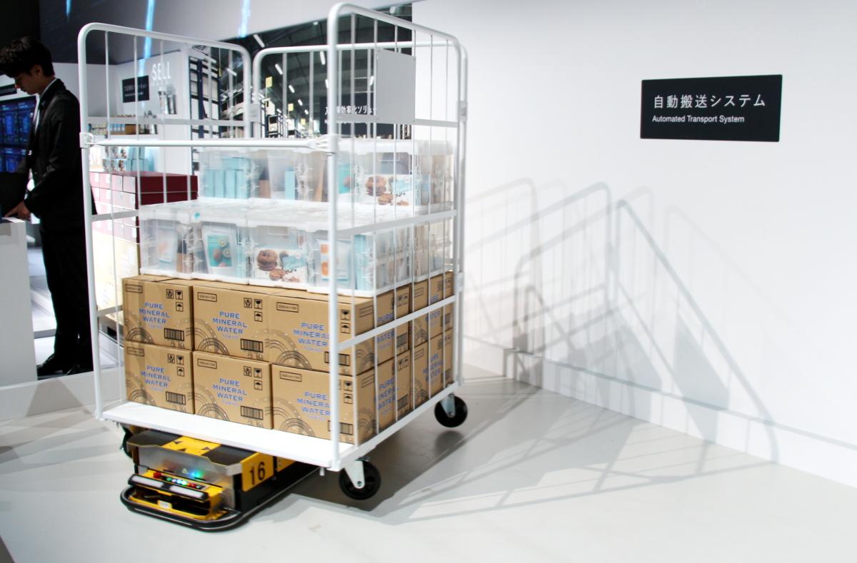 物流業界を救う自律搬送ロボットと群制御、パナソニックの現場改革への取り組み