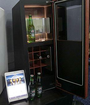 DrinkShift専用冷蔵庫の試作機