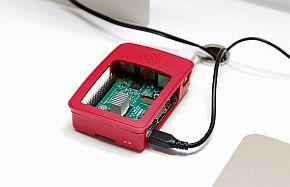 入手が容易な「Raspberry Pi 3」