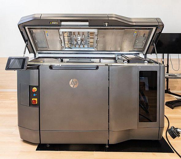 リコーが所有する「HP Jet Fusion 3D 4200」