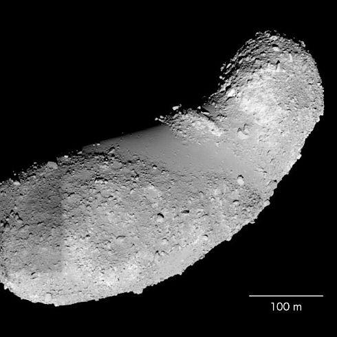 小惑星イトカワの画像